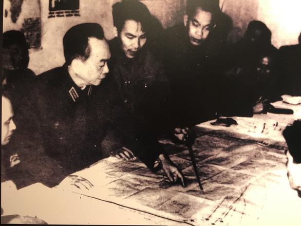 Nhiều hiện vật tái hiện trận Điện Biên Phủ trên không - Ảnh 10.