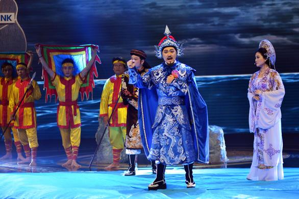 Nguyễn Văn Khởi giành Chuông vàng vọng cổ 2017 với 100 triệu đồng - Ảnh 5.
