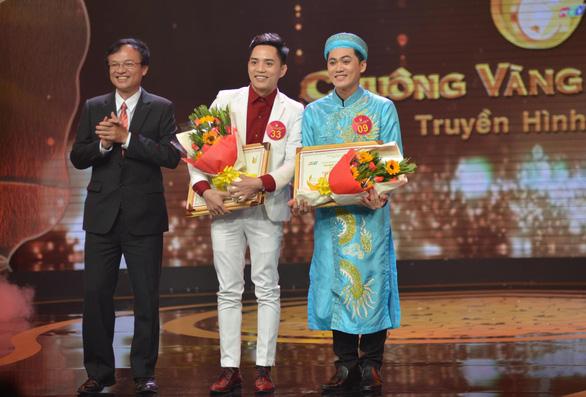Nguyễn Văn Khởi giành Chuông vàng vọng cổ 2017 với 100 triệu đồng - Ảnh 12.