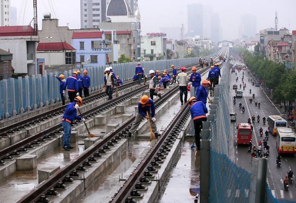 Vì sao nhà ga đường sắt Cát Linh - Hà Đông có vết nứt, vỡ? - Ảnh 2.