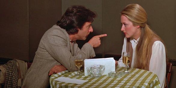 Xem lại Kramer vs Kramer - bài học không cũ về tình thân gia đình  - Ảnh 9.