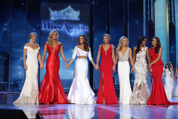 9 quốc gia dành cho du khách thích ngắm phụ nữ đẹp - Ảnh 3.