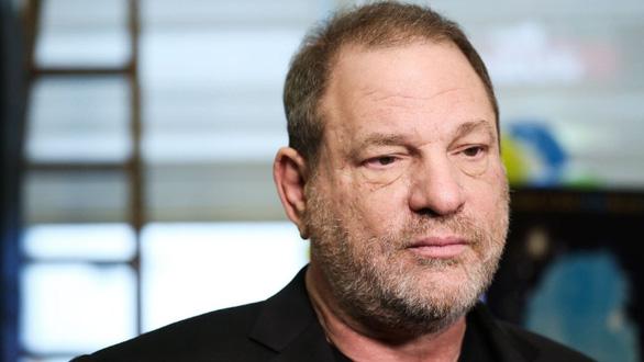 Sốc với thủ đoạn gạ gẫm nghệ sĩ nữ của Harvey Weinstein - Ảnh 4.