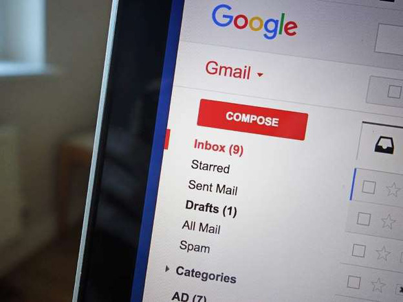 Google bị tố cho phép các nhà phát triển ứng dụng 'đọc' Gmail - Ảnh 1.
