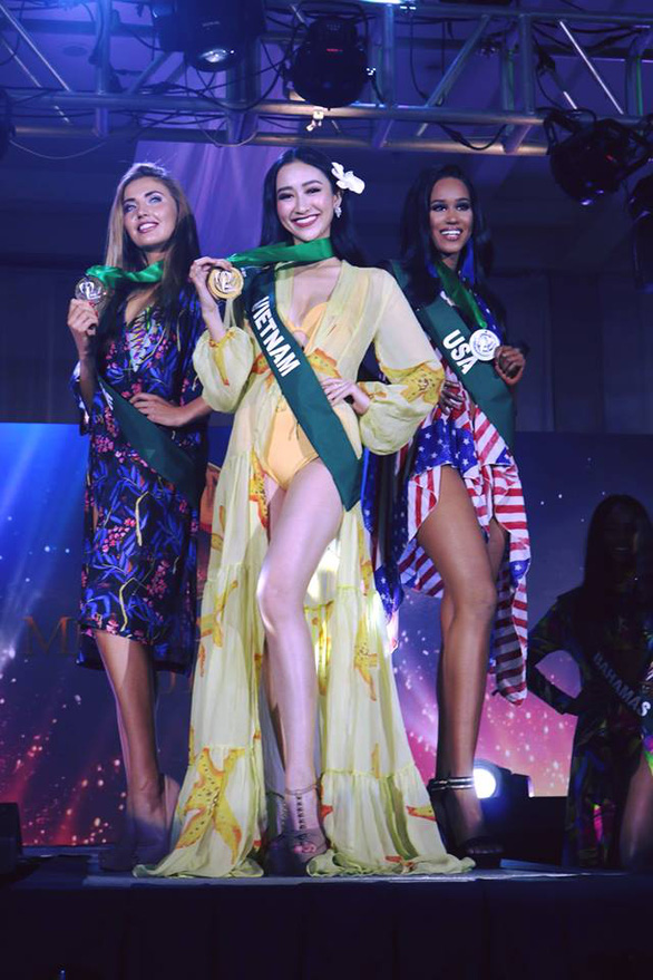 Hà Thu giành huy chương vàng trang phục dạo biển - Ảnh 3.