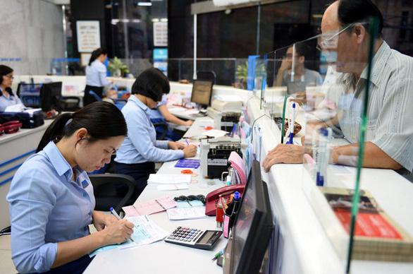 Eximbank tạm đóng cửa 1 phòng giao dịch vì khách hàng mắc COVID-19 đến giao dịch - Ảnh 1.