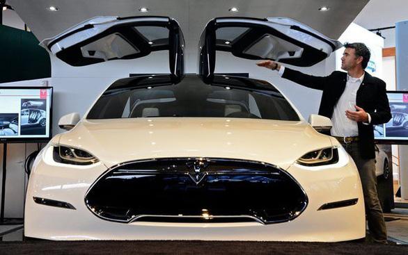 Holzhausen - người sáng tạo những thiết kế tuyệt tác của Tesla - Ảnh 2.