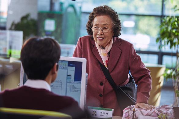 Bà ngoại… học tiếng Anh sẽ chao đảo phòng vé Việt? - Ảnh 5.