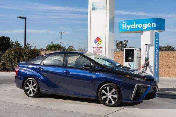 Tương lai của xe hơi là chạy bằng pin nhiên liệu - Ảnh 2.