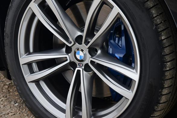 6 Series GT 2017: chiếc hatchback sang trọng, rộng rãi của BMW - Ảnh 11.