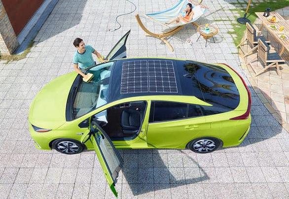 Ngắm những chiếc xe năng lượng mặt trời độc đáo - Ảnh 1.