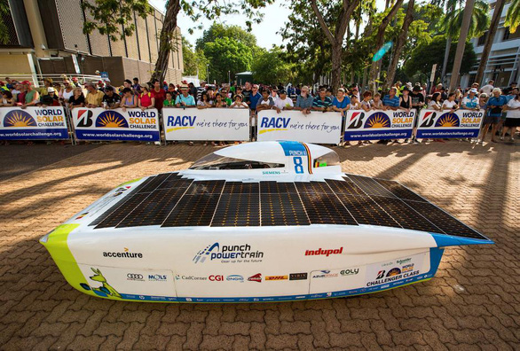 Ngắm những chiếc xe năng lượng mặt trời độc đáo - Ảnh 3.
