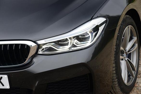 6 Series GT 2017: chiếc hatchback sang trọng, rộng rãi của BMW - Ảnh 10.