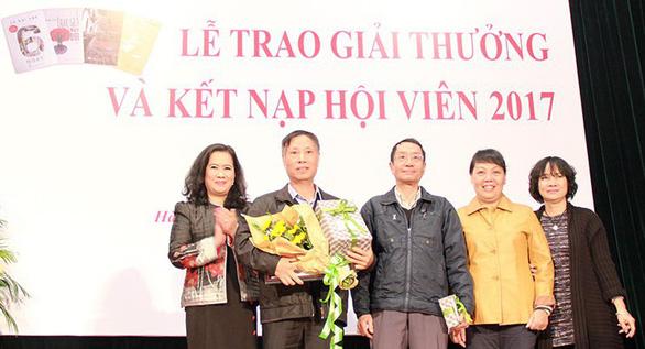 Giải thưởng Hội nhà văn Hà Nội: được mùa tiểu thuyết - mất mùa thơ - Ảnh 1.