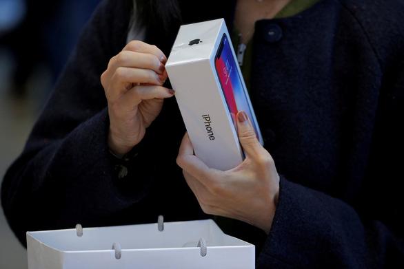 Apple trấn an nhà đầu tư khi thông báo iPhone vẫn bán rất chạy - Ảnh 1.