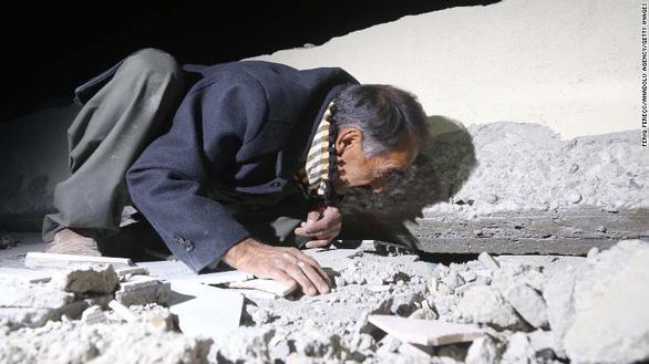 Nhiều ngôi làng ở Iran biến mất sau động đất - Ảnh 7.
