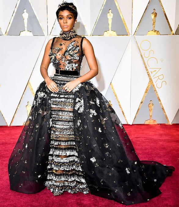 10 bộ váy Oscar được săn lùng nhiều nhất trên mạng năm 2017 - Ảnh 4.