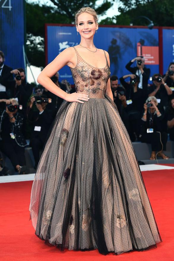 Mother! được khen hết lời, Jennifer Lawrence sẽ là Ảnh hậu Venice? - Ảnh 5.