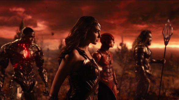 Justice League và khi Người Dơi ục ịch bên những siêu anh hùng - Ảnh 4.