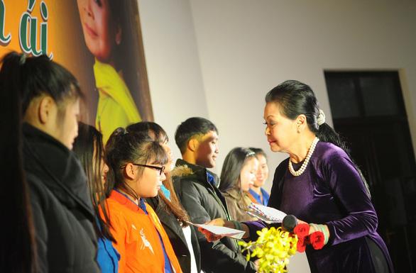 Ca sĩ Khánh Ly cháy đêm nhạc Trịnh với sinh viên Đà Lạt - Ảnh 5.
