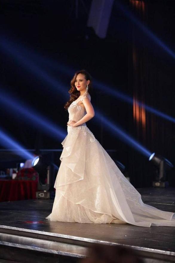 Khánh Ngân chiến thắng tại Hoa hậu Hoàn cầu 2017 - Ảnh 4.