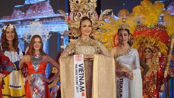 Khánh Ngân chiến thắng tại Hoa hậu Hoàn cầu 2017 - Ảnh 2.