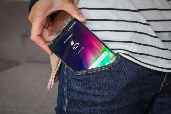 Điểm mặt 9 'anh tài smartphone kháng nước - Ảnh 4.