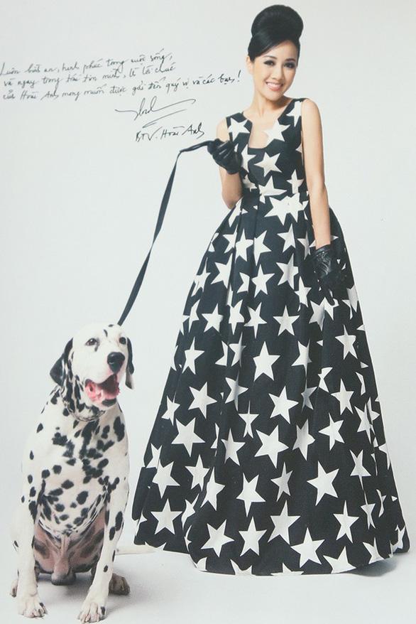 Hoài Anh, Đan Lê, Vân Hugo... chụp ảnh với chó để làm từ thiện  - Ảnh 13.