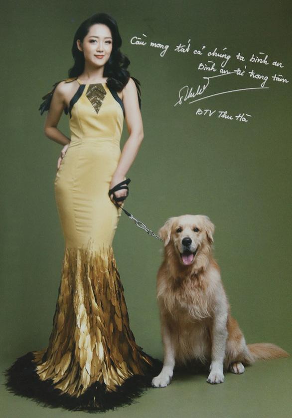 Hoài Anh, Đan Lê, Vân Hugo... chụp ảnh với chó để làm từ thiện  - Ảnh 14.