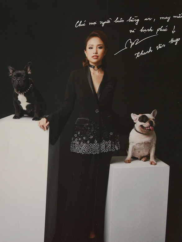 Hoài Anh, Đan Lê, Vân Hugo... chụp ảnh với chó để làm từ thiện  - Ảnh 17.
