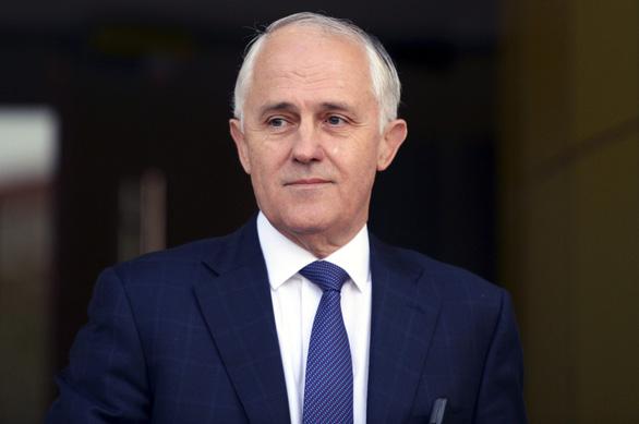 Không mặc áo phao khi đi thuyền, thủ tướng Úc bị phạt 193 USD - Ảnh 1.