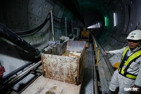 Robot TBM sắp thông đường hầm đầu tiên tuyến metro số 1 - Ảnh 10.