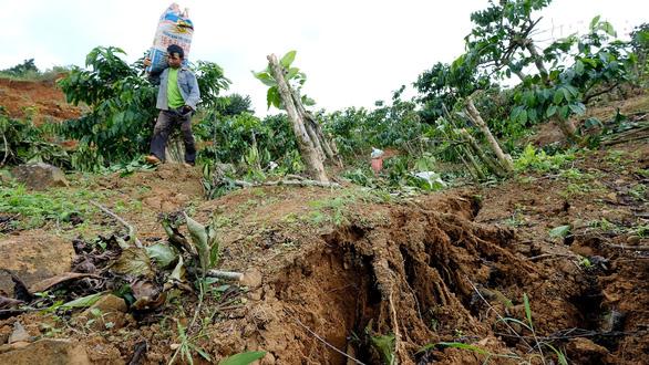 Sạt lở đất chưa dừng lại ở Lâm Đồng - Ảnh 5.