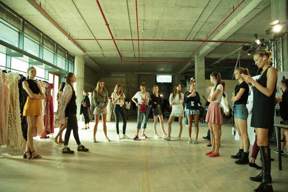 Phương My bật mí bộ sưu tập kì công cho Arab Fashion Week - Ảnh 3.