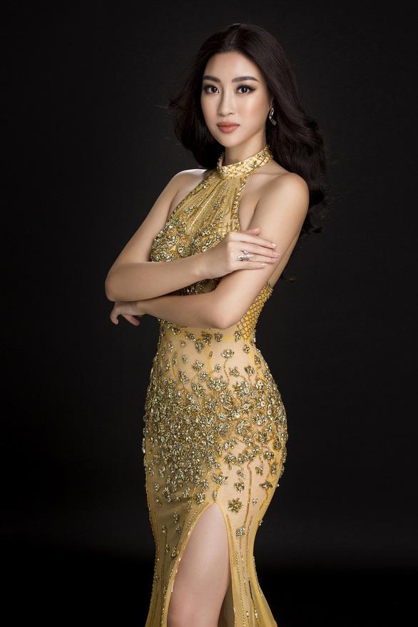 Trang phục dạ hội lộng lẫy của Mỹ Linh tại Miss World - Ảnh 3.
