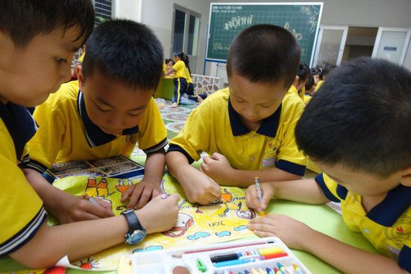 Thiệp 20-11 dễ thương học trò Sài Gòn tự làm tặng thầy cô - Ảnh 5.