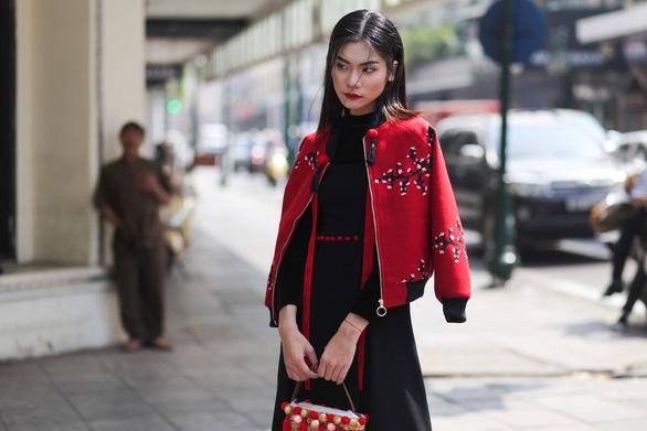 Thời trang đường phố độc lạ tại Vietnam International Fashion Week - Ảnh 13.