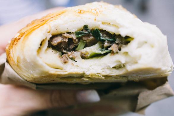 Đi Đài Loan ăn gì ở chợ đêm Nhiêu Hà? - Ảnh 1.