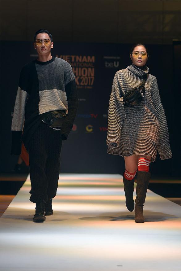 Công Trí mở màn Tuần lễ thời trang quốc tế Việt Nam - Ảnh 10.