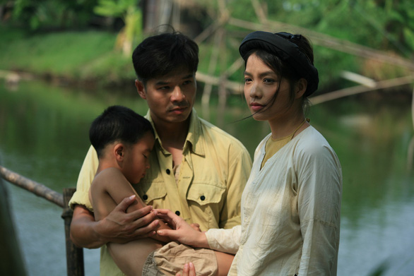 Hồng Kim Hạnh khóc hết nước mắt vì Thương nhớ ở ai - Ảnh 2.