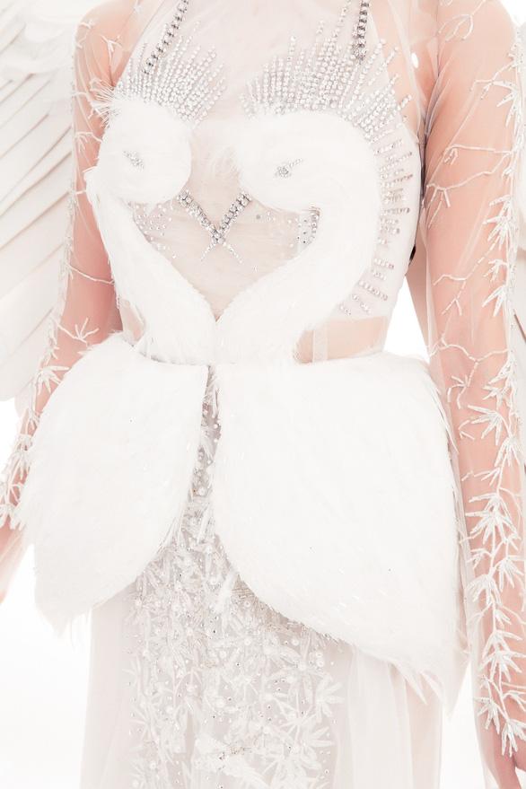 Ngắm trang phục dân tộc của Thùy Dung ở Miss International  - Ảnh 6.