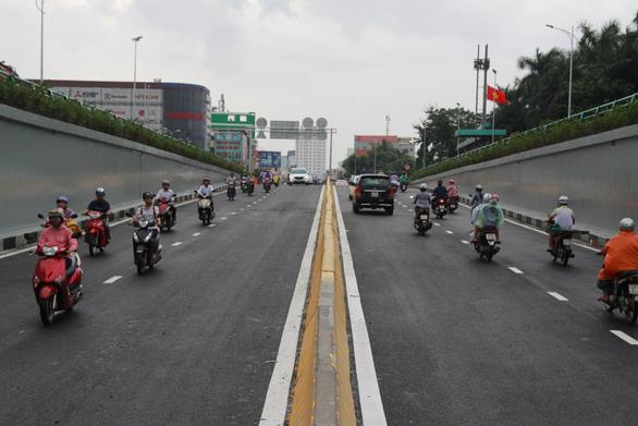 Đà Nẵng thông xe hầm chui đón APEC - Ảnh 4.