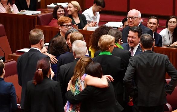 Úc chính thức thừa nhận hôn nhân đồng giới - Ảnh 4.