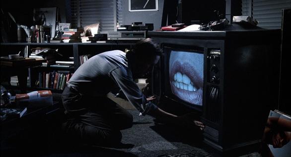 Xem tuyệt phẩm của dòng phim kinh dị đương đại: Videodrome - Ảnh 6.