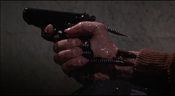 Xem tuyệt phẩm của dòng phim kinh dị đương đại: Videodrome - Ảnh 10.
