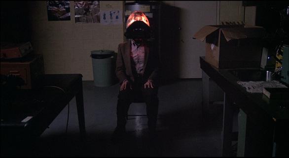 Xem tuyệt phẩm của dòng phim kinh dị đương đại: Videodrome - Ảnh 8.