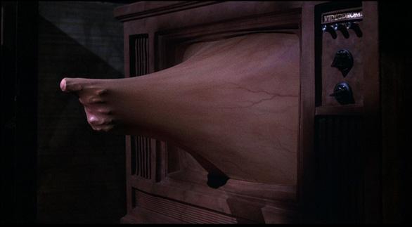Xem tuyệt phẩm của dòng phim kinh dị đương đại: Videodrome - Ảnh 13.