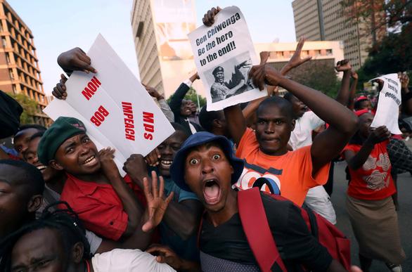 Zimbabwe vỡ òa trong niềm vui - Ảnh 6.