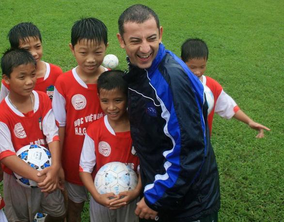 Loạt ảnh bé thơ đốn tim fan nữ của U23 Việt Nam - Ảnh 4.