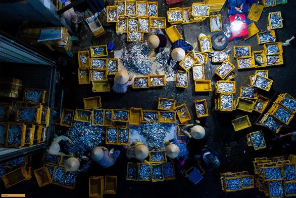 Chợ sớm ở Bà Rịa - Vũng Tàu nổi bật trên National Geographic - Ảnh 1.